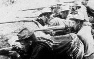 U.S. troops battle Filipino insurgents, ca. 1899.